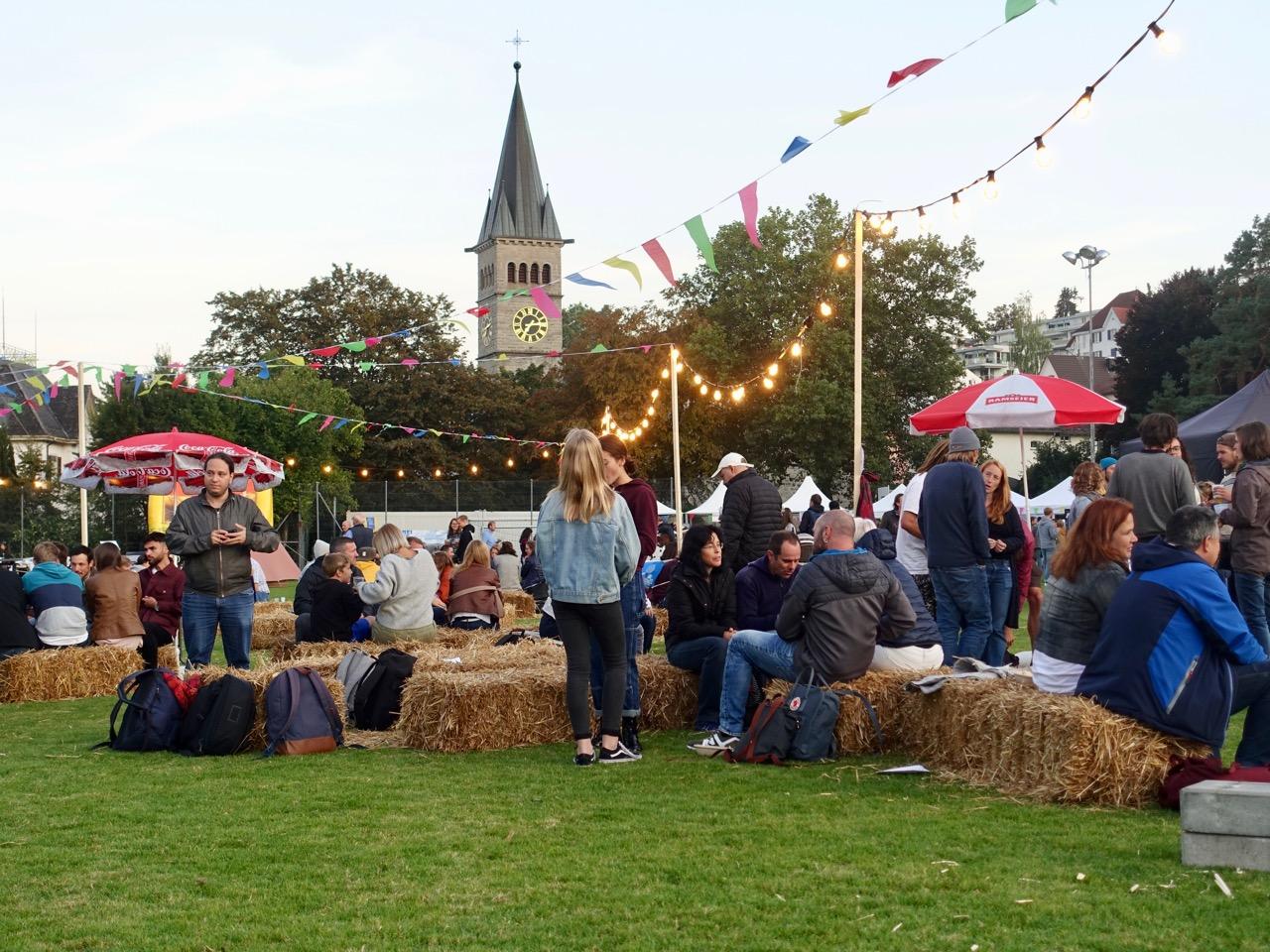 Die Hochschule lädt zum Volksfest